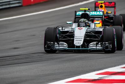 6 Nico Rosberg, Mercedes ,  33 Max Verstappen, Red Bull, Austria, 2016