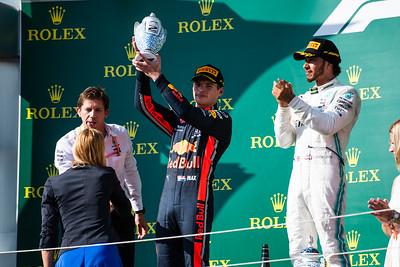 33 Max Verstappen, Red Bull ,  44 Lewis Hamilton, Mercedes, Hungary, 2019