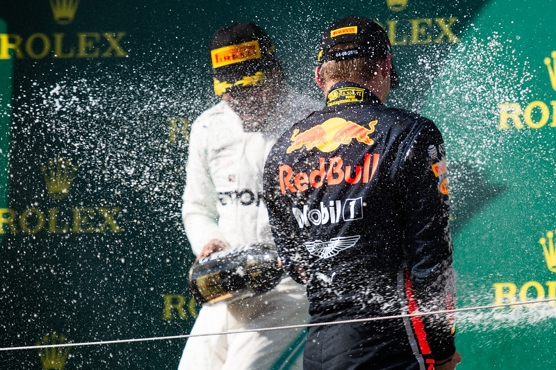 44 Lewis Hamilton, Mercedes ,  33 Max Verstappen, Red Bull, Hungary, 2019