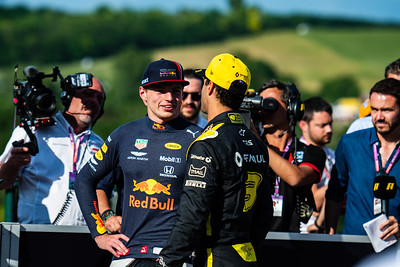 33 Max Verstappen, Red Bull ,  3 Daniel Ricciardo, Renault, Hungary, 2019