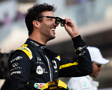 Daniel Ricciardo having a laugh