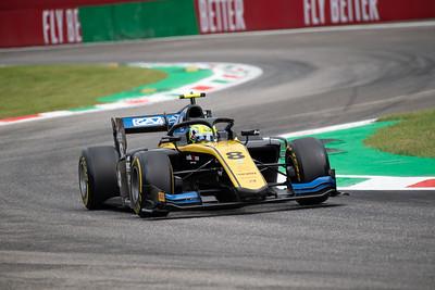 #8 Luca Ghiotto, UNI Virtuosi Racing, Italy, 2019