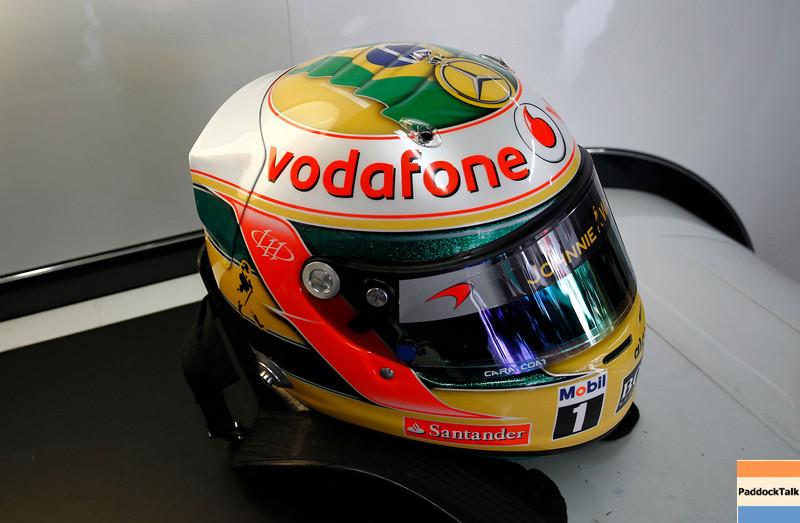 new helmet design of Lewis Hamilton at Brazilian GP