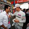 Motorsports: FIA Formula One World Championship 2011, Grand Prix of India, Sachin Tendulkar (IND), 07 Michael Schumacher (GER, Mercedes GP Petronas F1 Team),