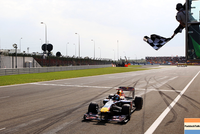 GEPA-08051199023 - FORMULA 1 - Grand Prix of Turkey. Image shows Sebastian Vettel (GER/ Red Bull Racing). Keywords: chequered flag. Photo: Mark Thompson/ Getty Images - For editorial use only. Image is free of charge