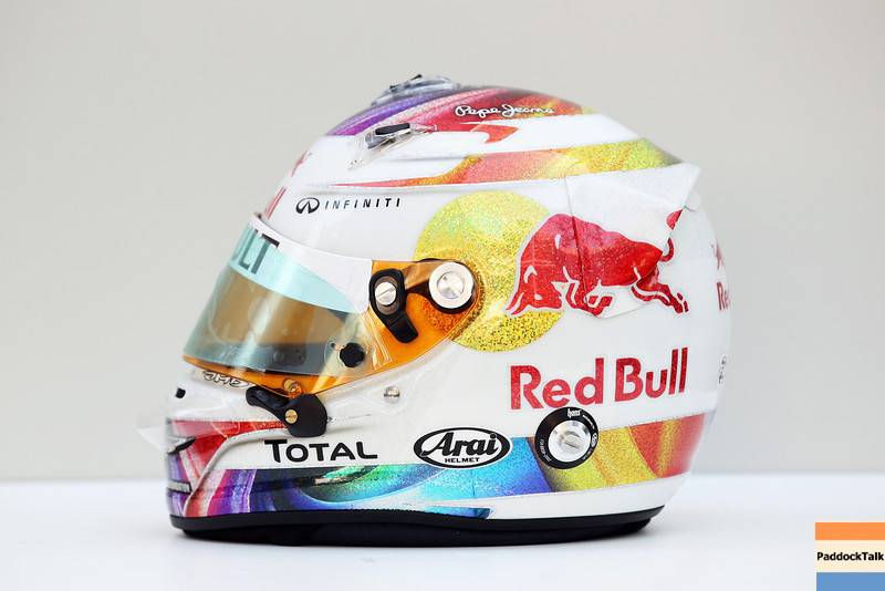 GEPA-25091199000 - FORMULA 1 - Grand Prix of Singapore. Image shows the helmet of Sebastian Vettel (GER/ Red Bull Racing). Photo: Getty Images/ Mark Thompson - For editorial use only. Image is free of charge