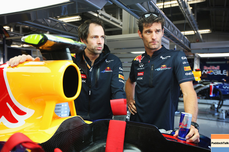 GEPA-06101199001 - FORMULA 1 - Grand Prix of Japan, preview. Image shows race engineer Ciaron Pilbeam and Mark Webber (AUS/ Red Bull Racing). Photo: Getty Images/ Mark Thompson - For editorial use only. Image is free of charge