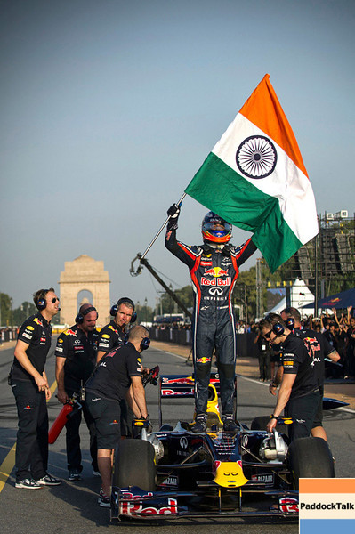 GEPA-01101199700 - FORMULA 1 - Grand Prix of India, preview, showrun. Image shows Daniel Ricciardo (AUS). Keywords: flag. Photo: Getty Images - For editorial use only. Image is free of charge