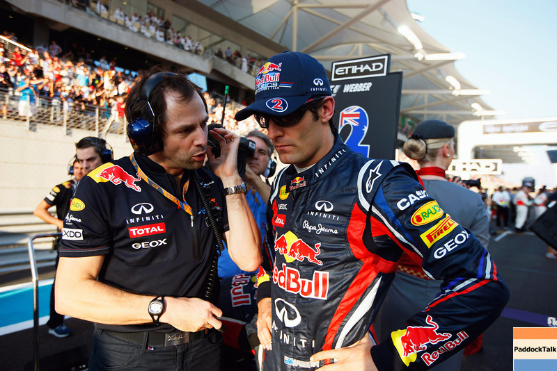 GEPA-13111199010 - FORMULA 1 - Grand Prix of Abu Dhabi, Yas Marina Circuit. Image shows race engineer Ciaron Pilbeam and Mark Webber (AUS/ Red Bull Racing). Photo: Getty Images/ Mark Thompson - For editorial use only. Image is free of charge