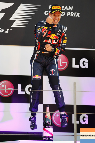 GEPA-16101199020 - FORMULA 1 - Grand Prix of South Korea, Korean International Circuit. Image shows the rejoicing of Sebastian Vettel (GER/ Red Bull Racing). Keywords: award ceremony. Photo: Getty Images/ Mark Thompson - For editorial use only. Image is free of charge