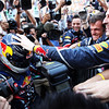 GEPA-09101199034 - FORMULA 1 - Grand Prix of Japan. Image shows the rejoicing of Sebastian Vettel (GER/ Red Bull Racing). Keywords: team, photographer. Photo: Getty Images/ Clive Rose - For editorial use only. Image is free of charge