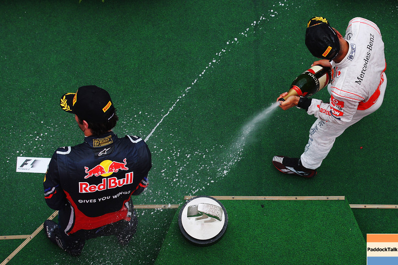 GEPA-24071199009 - FORMULA 1 - Grand Prix of Germany, Nuerburgring. Image shows the rejoicing of Mark Webber (AUS/ Red Bull Racing) and Lewis Hamilton (GBR/ McLaren Mercedes). Keywords: award ceremony. Photo: Getty Images/ Mark Thompson - For editorial use only. Image is free of charge