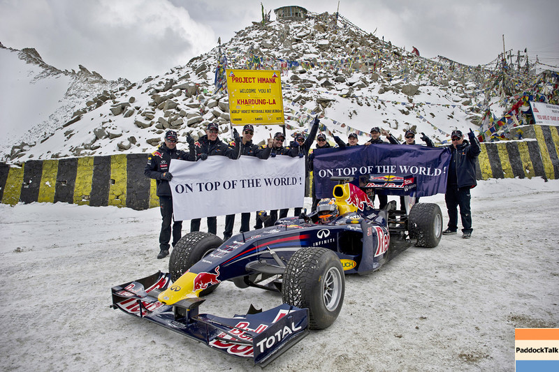 GEPA-11101199 - FORMULA 1 - Red Bull showrun. Image shows Neel Jani (SUI) and the Red Bull Racing team. Photo: Getty Images - For editorial use only. Image is free of charge