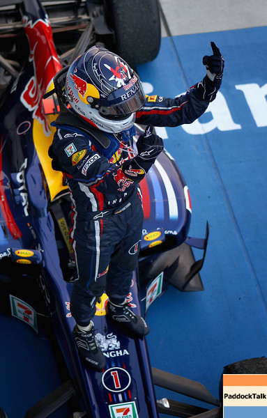 GEPA-09101199029 - FORMULA 1 - Grand Prix of Japan. Image shows the rejoicing of Sebastian Vettel (GER/ Red Bull Racing). Photo: Getty Images/ Clive Mason - For editorial use only. Image is free of charge