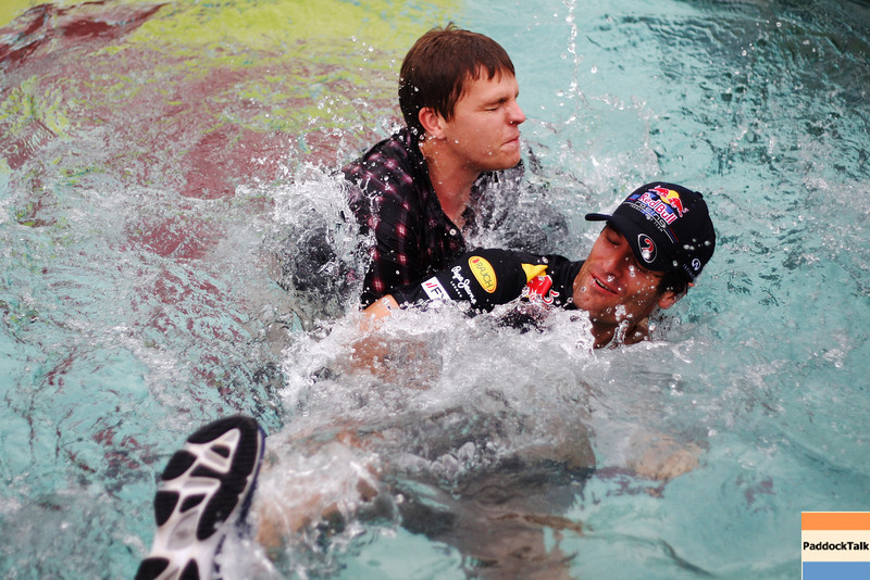 GEPA-25051199001 - FORMULA 1 - Grand Prix of Monaco. Image shows Mark Webber (AUS/ Red Bull Racing) und Jake Humphrey (BBC) in the Red Bull Energy Station pool. Photo: Ker Robertson/ Getty Images - For editorial use only. Image is free of charge