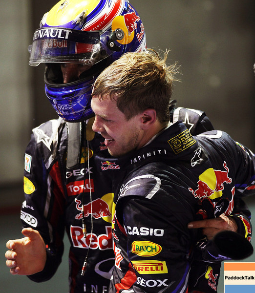 GEPA-25091199026 - FORMULA 1 - Grand Prix of Singapore. Image shows Mark Webber (AUS/ Red Bull Racing) and Sebastian Vettel (GER/ Red Bull Racing). Photo: Getty Images/ Mark Thompson - For editorial use only. Image is free of charge