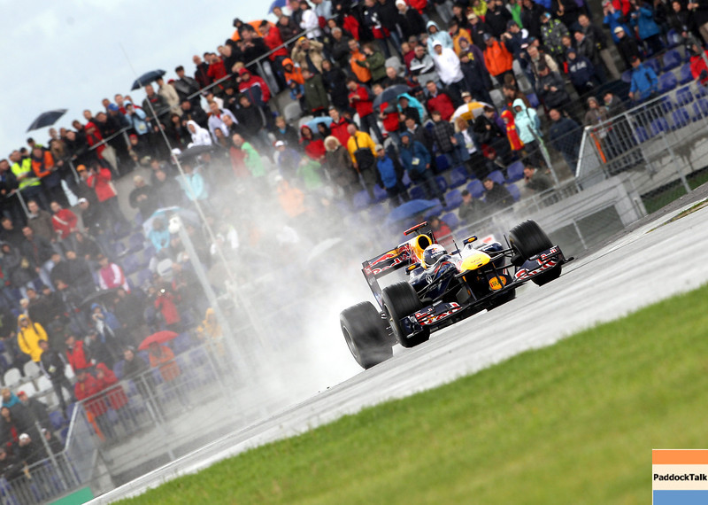 GEPA-15051181056 - SPIELBERG,AUSTRIA,15.MAY.11 - MOTORSPORT, FORMULA 1 - Open House Day Red Bull Ring, project Spielberg. Image shows Sebastian Vettel (GER/ Red Bull Racing). Photo: GEPA pictures/ Christian Walgram - For editorial use only. Image is free of charge.