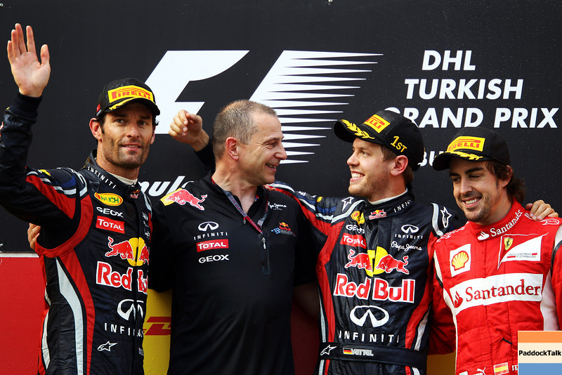 GEPA-08051199021 - FORMULA 1 - Grand Prix of Turkey. Image shows the rejoicing of Mark Webber (AUS), chief engineer Mark Ellis, Sebastian Vettel (GER/ Red Bull Racing) and Fernando Alonso (ESP/ Ferrari). Keywords: podium, award ceremony. Photo: Mark Thompson/ Getty Images - For editorial use only. Image is free of charge