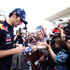 GEPA-19051199011 - FORMULA 1 - Grand Prix of Spain. Image shows Mark Webber (AUS/ Red Bull Racing) and fans. Photo: Mark Thompson/ Getty Images - For editorial use only. Image is free of charge