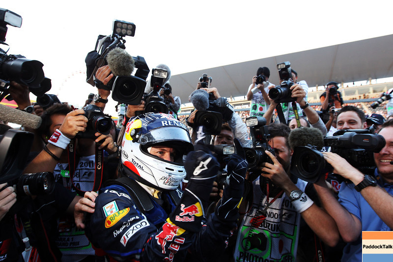 GEPA-09101199035 - FORMULA 1 - Grand Prix of Japan. Image shows the rejoicing of Sebastian Vettel (GER/ Red Bull Racing). Keywords: photographer. Photo: Getty Images/ Clive Rose - For editorial use only. Image is free of charge