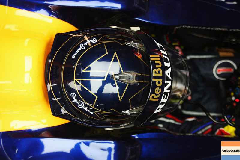 GEPA-14101199017 - FORMULA 1 - Grand Prix of South Korea, Korean International Circuit. Image shows the helmet of Sebastian Vettel (GER/ Red Bull Racing). Photo: Getty Images/ Mark Thompson - For editorial use only. Image is free of charge