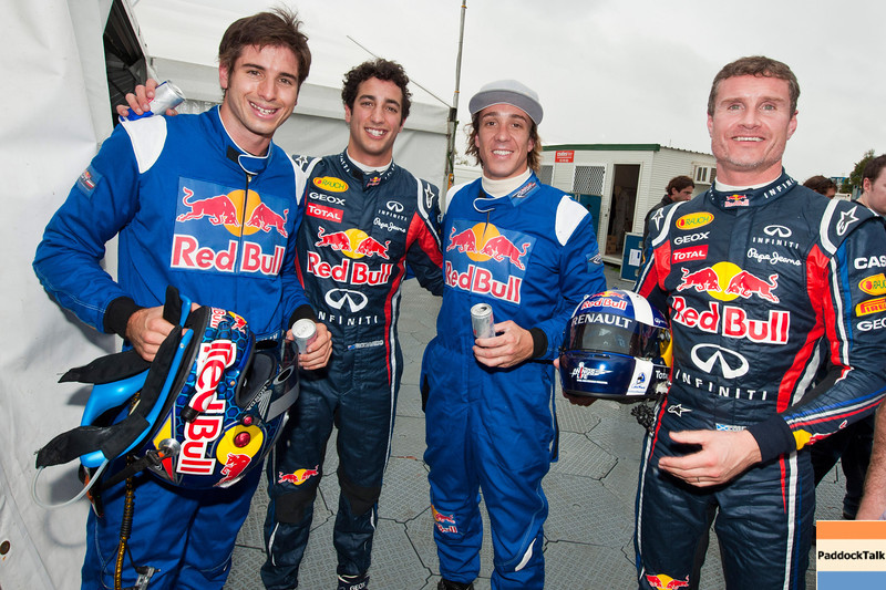 GEPA-24031199027 - FORMULA 1 - Grand Prix of Australia, preview, Red Bull Race Off. Image shows V8 Supercar driver Rick Kelly (AUS), test driver Daniel Ricciardo (AUS/ Scuderia Toro Rosso), Freestyle Motorcross rider Robbie Maddison (AUS) und David Coulthard (GBR). Photo: Getty Images/ Mark Watson - For editorial use only. Image is free of charge