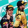 GEPA-10041199015 - FORMULA 1 - Grand Prix of Malaysia, Sepang Circuit. Image shows Sebastian Vettel (GER/ Red Bull Racing) and Nick Heidfeld (GER/ Renault). Keywords: award ceremony, podium. Photo: Getty Images/ Mark Thompson - For editorial use only. Image is free of charge