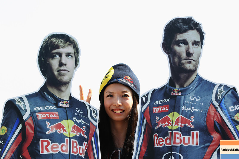 GEPA-09101199002 - FORMULA 1 - Grand Prix of Japan. Image shows life-size cutouts of Sebastian Vettel (GER/ Red Bull Racing) and Mark Webber (AUS/ Red Bull Racing). Keywords: Fan. Photo: Getty Images/ Clive Rose - For editorial use only. Image is free of charge