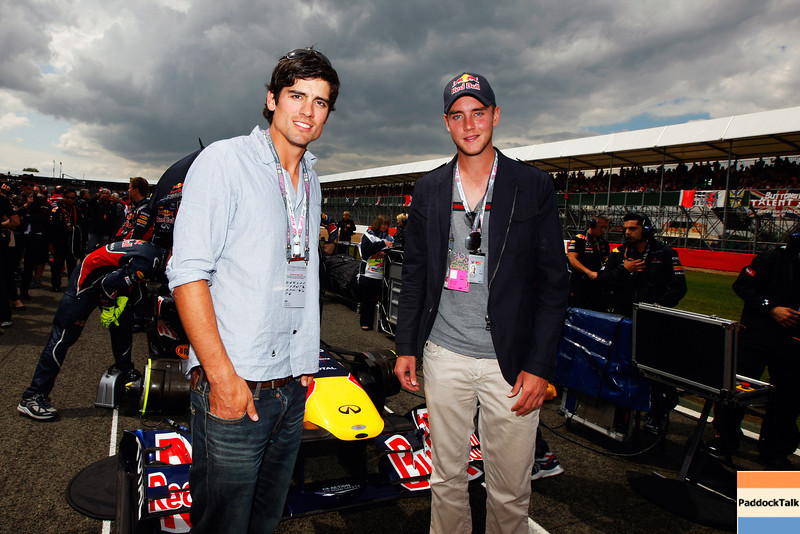 GEPA-10071199005 - FORMULA 1 - Grand Prix of Great Britain. Image shows Cricketers Alistair Cook (ENG) and Stuart Broad (ENG). Photo: Getty Images/ Mark Thompson - For editorial use only. Image is free of charge
