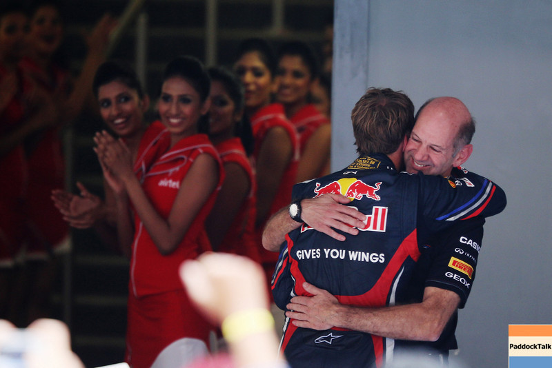 GEPA-30101199024 - FORMULA 1 - Grand Prix of India, Buddh-International-Circuit. Image shows the rejoicing of Sebastian Vettel (GER) and technical officer Adrian Newey (Red Bull Racing) Photo: Getty Images/ Mark Thompson - For editorial use only. Image is free of charge
