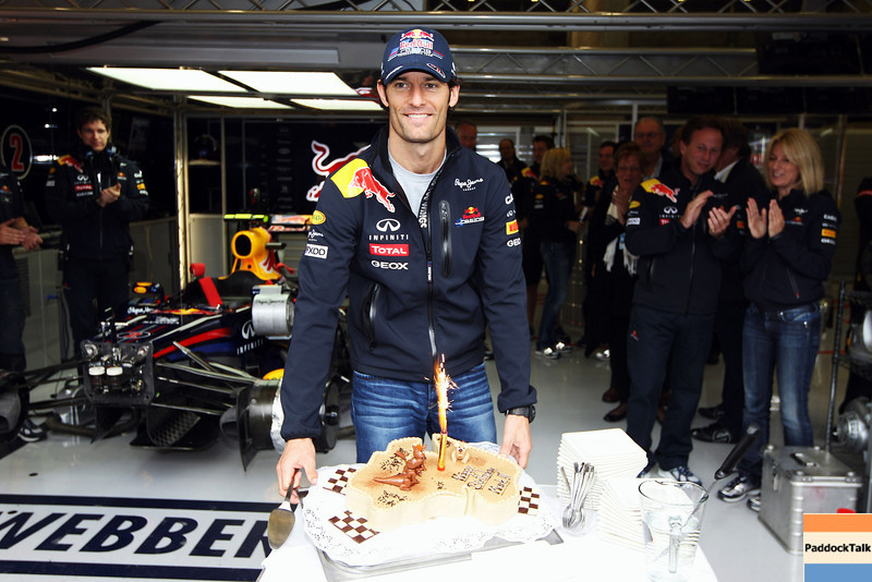 GEPA-27081199000 - FORMULA 1 - Grand Prix of Belgium, Spa Francorchamps. Image shows Mark Webber (AUS/ Red Bull Racing) with a cake to celebrate his 35th birthday.  Photo: Getty Images/ Mark Thompson - For editorial use only. Image is free of charge