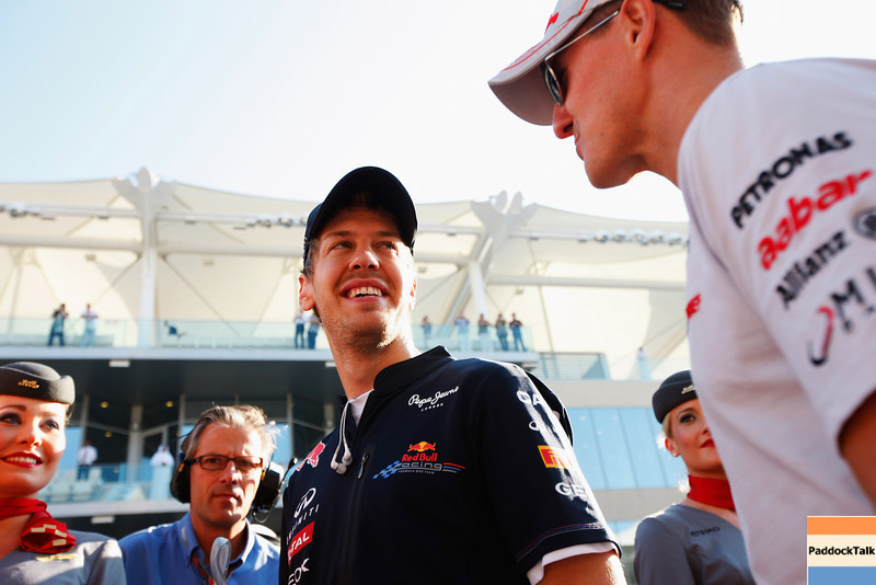 GEPA-13111199022 - FORMULA 1 - Grand Prix of Abu Dhabi, Yas Marina Circuit. Image shows Sebastian Vettel (Red Bull Racing) and Michael Schumacher (GER/ Mercedes GP). Photo: Getty Images/ Mark Thompson - For editorial use only. Image is free of charge