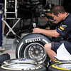 BAHRAIN GRAND PRIX F1/2012 - SAKHIR 21/04/2012 - REDBULL MECANIC AT WORK WITH PIRELLI TYRES