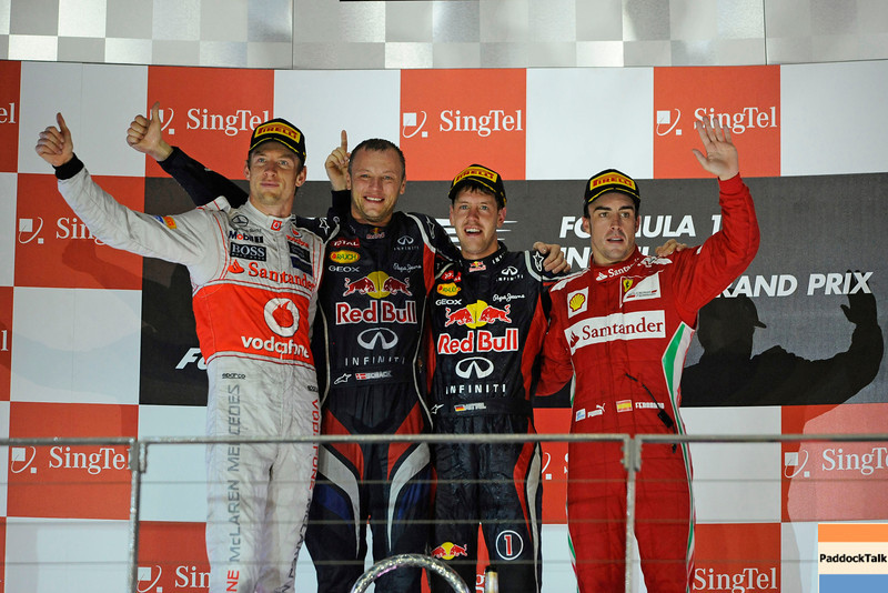 SINGAPORE GRAND PRIX F1/2012 - SINGAPORE 23/09/2012 -SEBASTIAN VETTEL,JENSON BUTTON AND FERNANDO ALONSO.