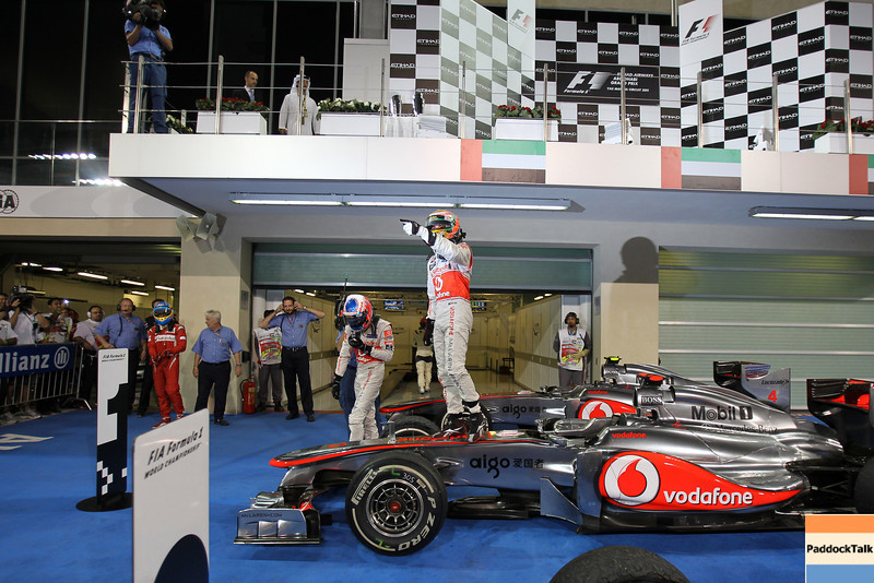 2011 Abu Dhabi Grand Prix - Sunday<br /> Yas Marina Circuit, Abu Dhabi, United Arab Emirates<br /> 13th November 2011.<br /> Lewis Hamilton, McLaren MP4-26 Mercedes. <br /> Photo: Lorenzo Bellanca/LAT Photographic <br /> ref: Digital Image GU5G9788
