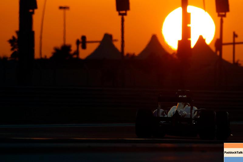2011 Abu Dhabi Grand Prix - Friday<br /> Yas Marina Circuit, Abu Dhabi, United Arab Emirates<br /> 11th November 2011.<br /> Jenson Button, McLaren MP4-26 Mercedes. <br /> Photo: Charles Coates/LAT Photographic <br /> ref: Digital Image _Z9C2777