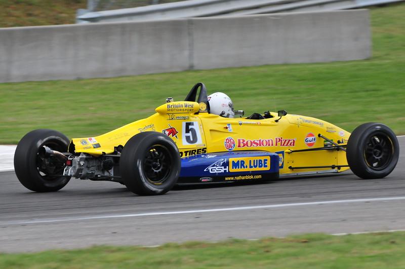 cl-aut-2011-fb-d-4012