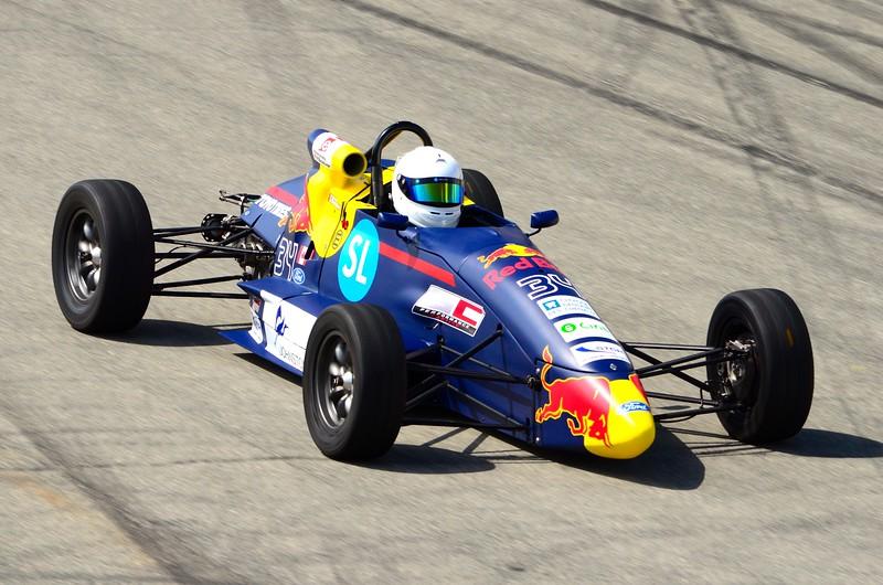 F1600 - GP3R