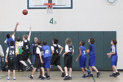 6th Grade Basketball 2-13-2010 -1024