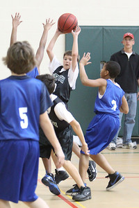 6th Grade Basketball 2-13-2010 -1120