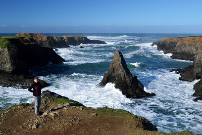 Sunday was bright and sunny (for awhile, anyway), so we did the tour around the Mendocino Headlands.