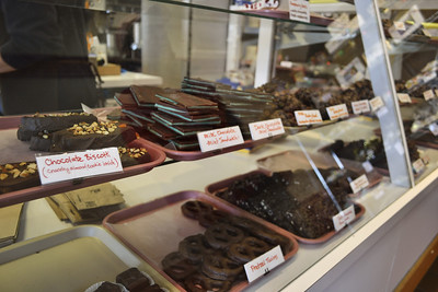 Stopped by the chocolate shop for sustenance to finish the Headlands tour.