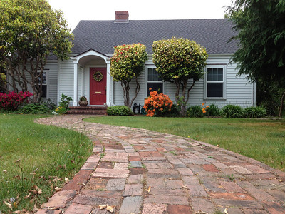Charming Cape Cod style in Fort Bragg - for sale!