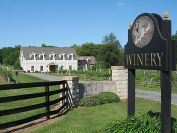 Central Virginia is bursting with wineries, cideries, meaderies, and breweries!