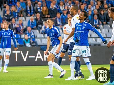 Sarpsborg 08s Mustafa Abdellaoue og Sarpsborg 08s Amin Askar i kampen mellom Sarpsborg 08 og Stabæk. Foto: Thomas Andersen