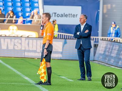 Stabæks trener Jan Jönsson i kampen mellom Sarpsborg 08 og Stabæk. Foto: Thomas Andersen