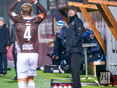 Mjøndalens trener Vegard Hansen i kampen mellom Mjøndalen og Sarpsborg 08. Foto: Thomas Andersen