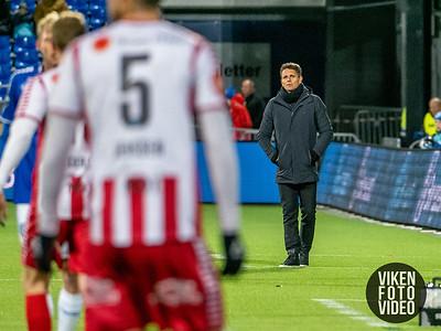 Tromsøs trener Simo Valakari i kampen mellom Sarpsborg 08 og Tromsø. Foto: Thomas Andersen