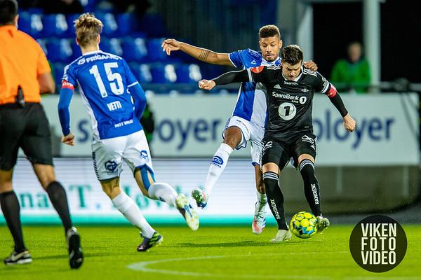 Sarpsborg 08s Mikael Dyrestam i kampen mellom Sarpsborg 08 og Rosenborg. Foto: Thomas Andersen