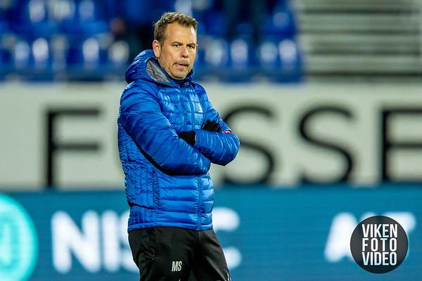 Sarpsborg 08s trener Mikael Stahre i kampen mellom Sarpsborg 08 og Rosenborg. Foto: Thomas Andersen